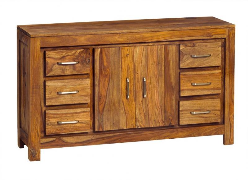 How to Choose the Best Sized Sideboard for a Dining Room